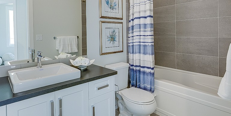 5084TurtlePondPlace-Bath