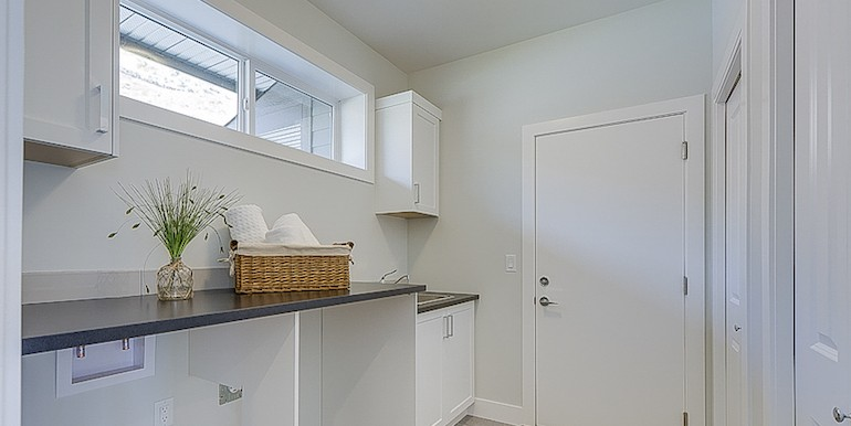 5084TurtlePondPlace-MudRoom
