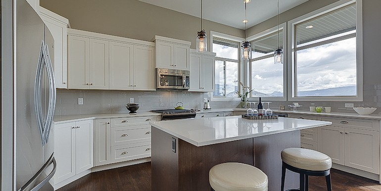 5028-TurtlePondPlace-Kitchen-770x396